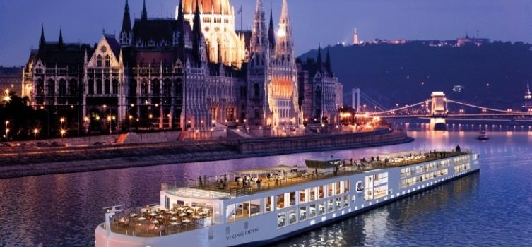 River cruises through The Netherlands: passing the famous sights